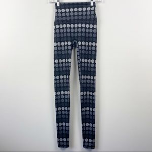 K-DEER Black Grey Gray Polka Dot Athletic Leggings XS